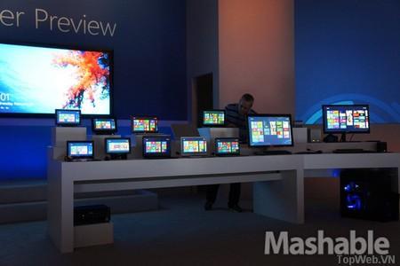 Microsoft ra mắt Windows 8, cho phép download rộng rãi